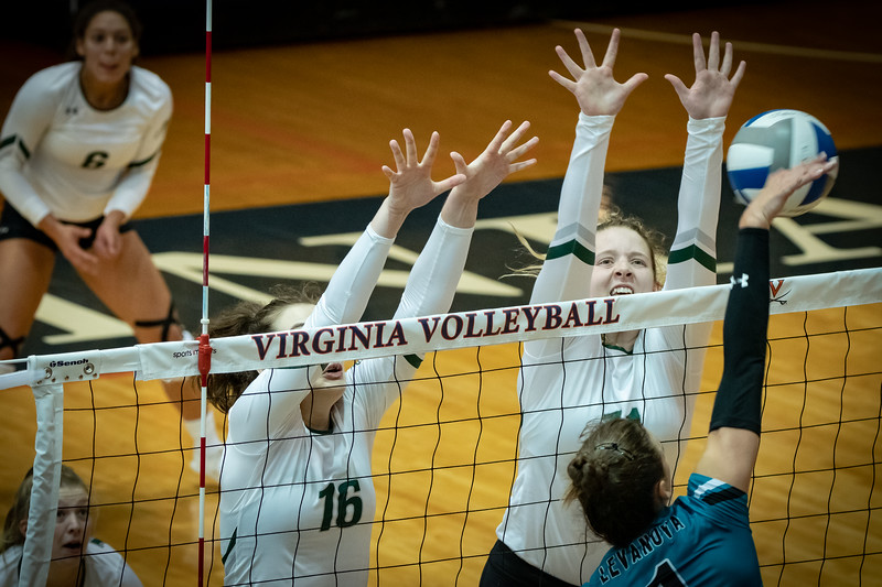 08302019-Loyola-Volleyball-Cropped-39.jpg