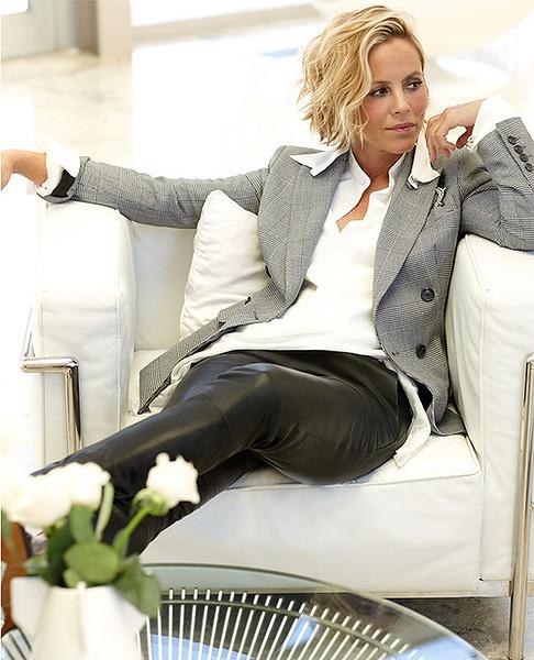 stylist-jennifer-hitzges-magazine-fashion-lifestyle-creative-space-artists-management-29.jpg