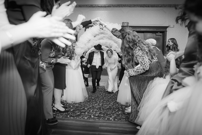 Miri_Chayim_Wedding_BW-682.jpg