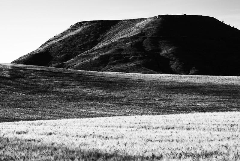La Muela in monochrome