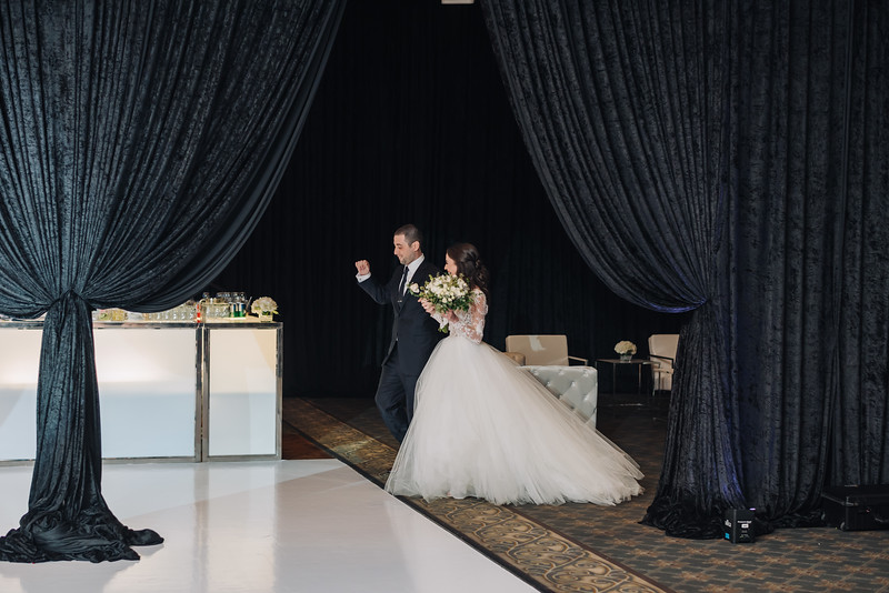 2018-10-20 Megan & Joshua Wedding-810.jpg