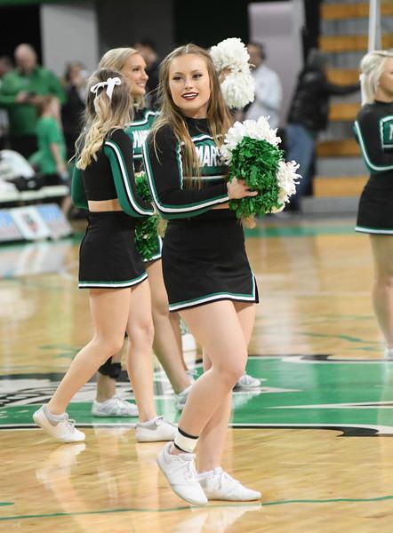 cheerleaders0902.jpg