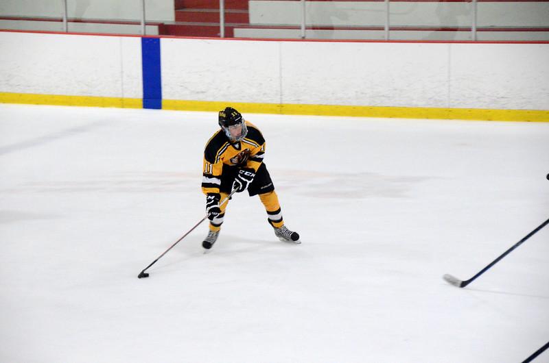 140913 Jr. Bruins vs. 495 Stars-079.JPG