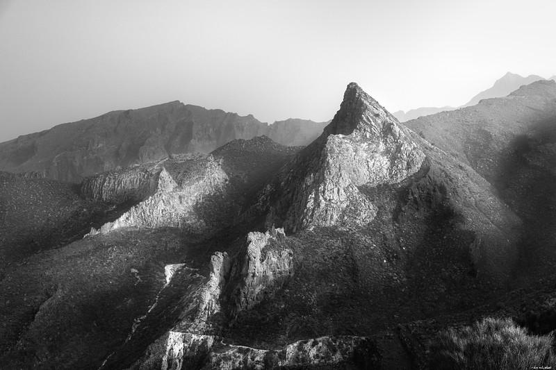 Bright ridge
