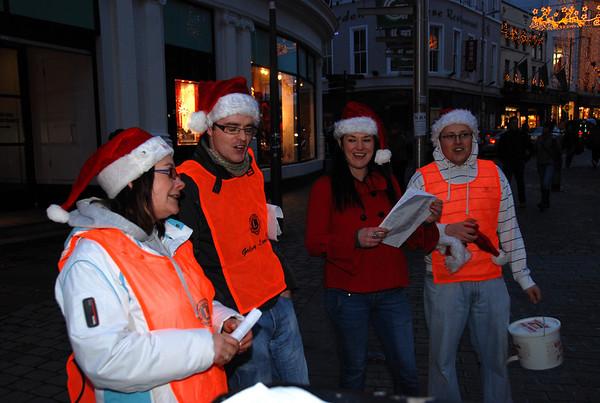 2009-12-10 Dept. H&C Management Lions Club Carol Singing