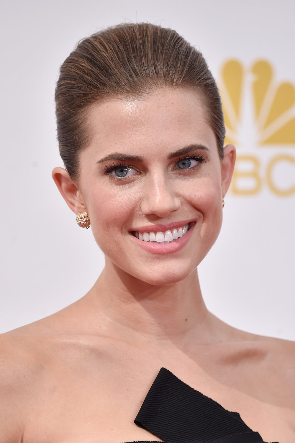 . Actress Allison Williams attends the 66th Annual Primetime Emmy Awards held at Nokia Theatre L.A. Live on August 25, 2014 in Los Angeles, California.  (Photo by Frazer Harrison/Getty Images)