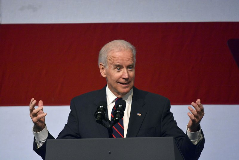". <p>10. (tie) JOE BIDEN <p>Nearly dropped from 2012 ticket, mostly because he�s a �big f******� idiot. (previous ranking: unranked) <p><b><a href=\'http://www.slate.com/blogs/the_slatest/2013/10/31/double_down_joe_biden_hillary_clinton_game_change_sequal_reveals_just_how.html\' target=""_blank\""> HUH?</a></b> <p>   (AP Photo/Tyler Evert)"