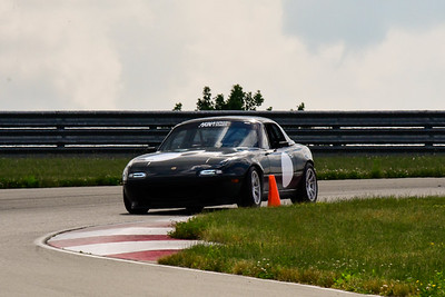 2020 SCCA TNiA June Pitt Race Interm Dk Green Miata