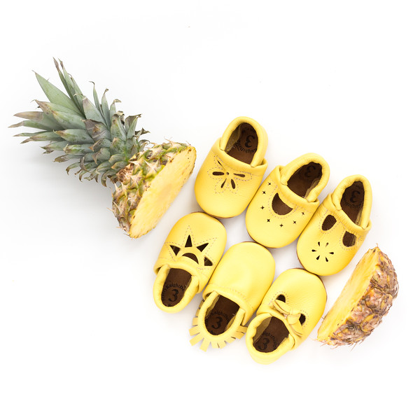 PINEAPPLE_Group-1.jpg