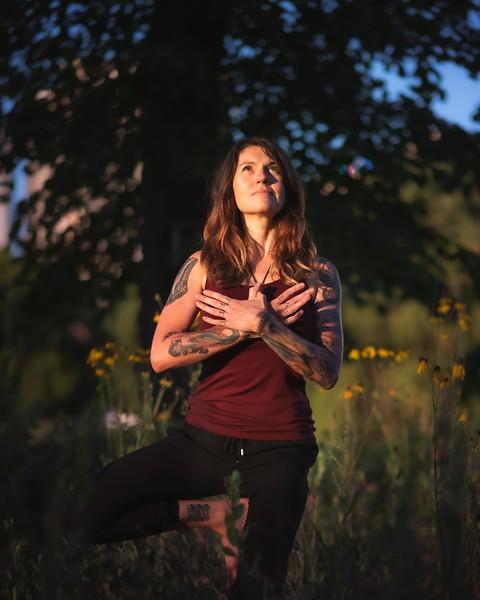 Online Yoga - Lincoln Park Shoot-21.JPG