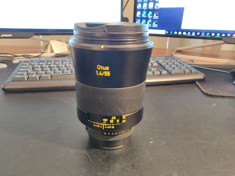 ZEISS Otus 55mm 1.4 Apo Planar T ZF.2 - Serial 51514763 001.jpg