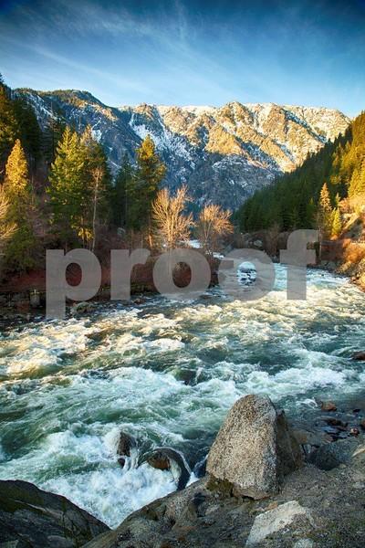 Wenatchee River 1581_HDR.jpg