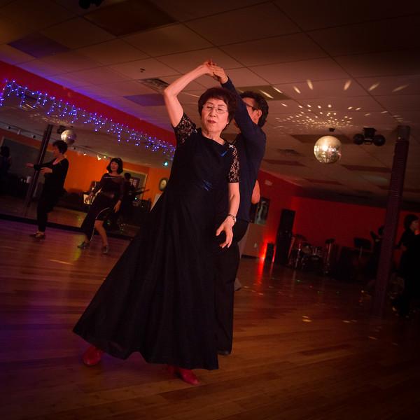 Moms Dance Class 2015-2035.jpg