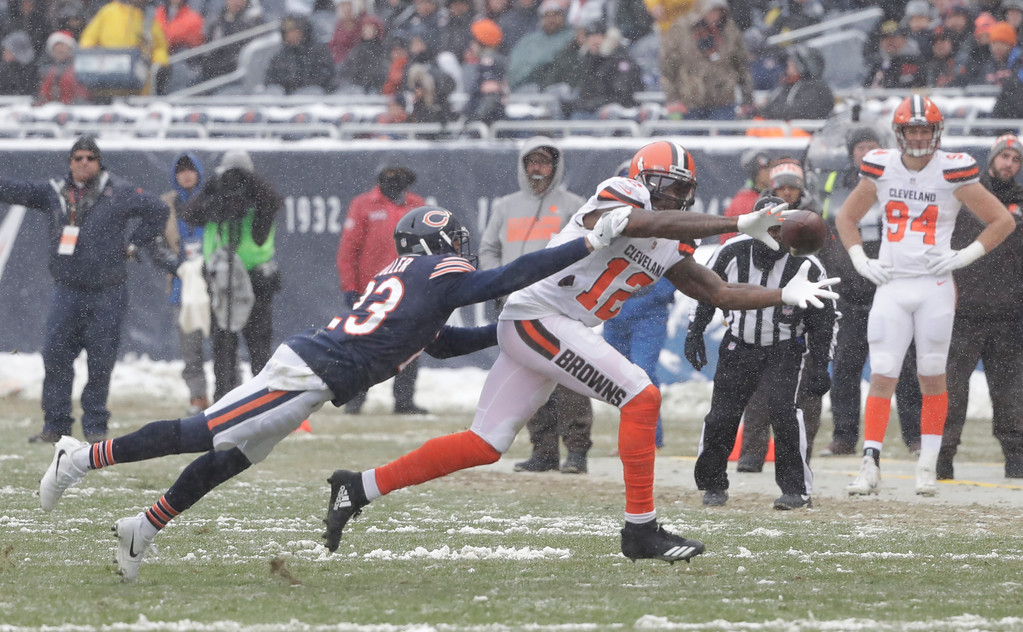 . Chicago Bears cornerback Kyle Fuller (23) defends Cleveland Browns wide receiver Josh Gordon (12) on a pass attempt in the second half of an NFL football game in Chicago, Sunday, Dec. 24, 2017. (AP Photo/Charles Rex Arbogast)