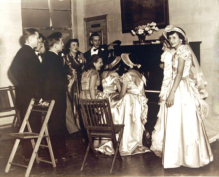 Aunt Donnas wedding.jpg