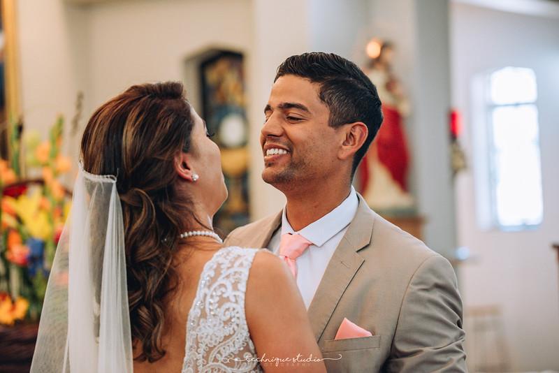 BRETT & CARMEN WEDDING PREVIEWS-66.JPG