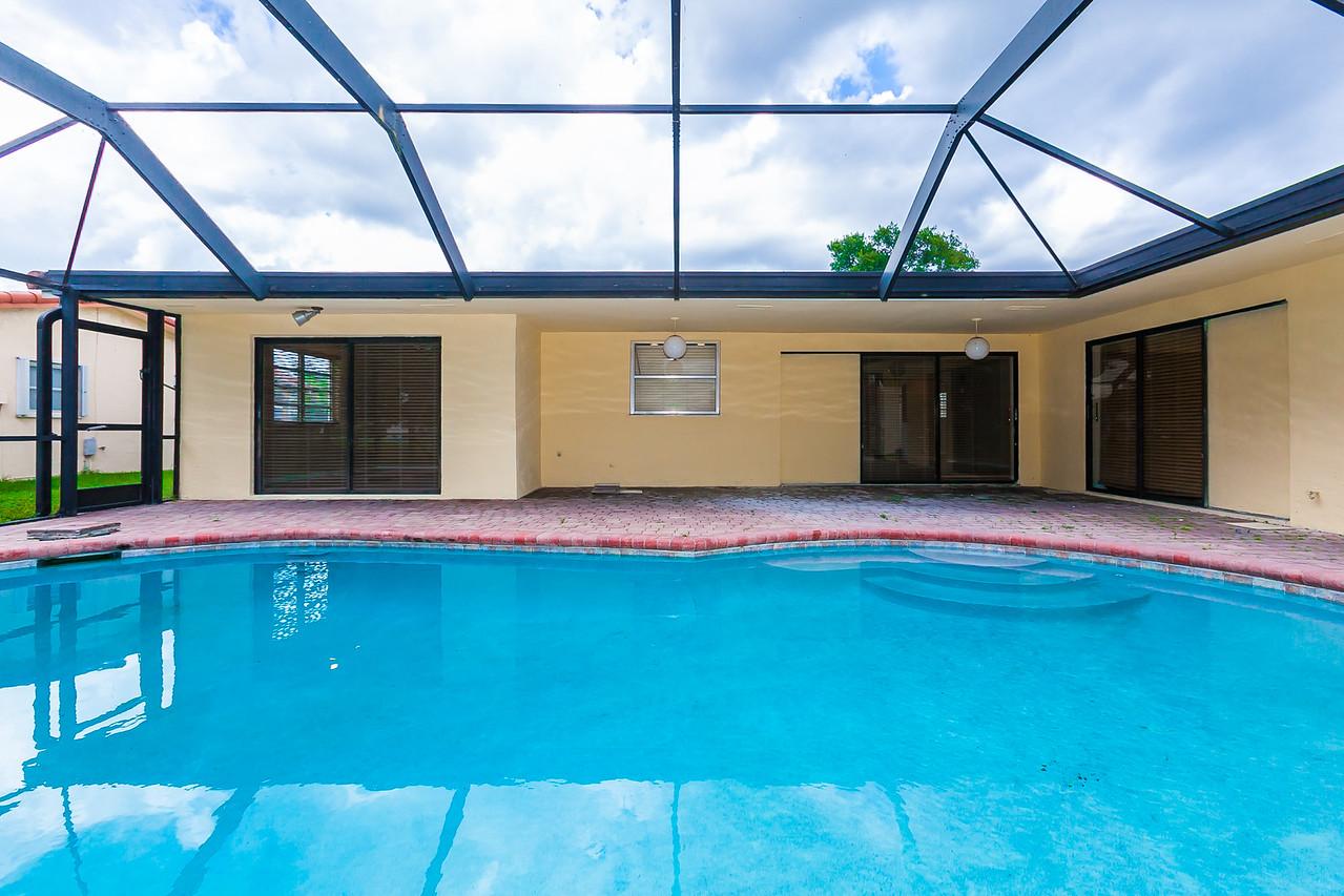 exterior back/pool
