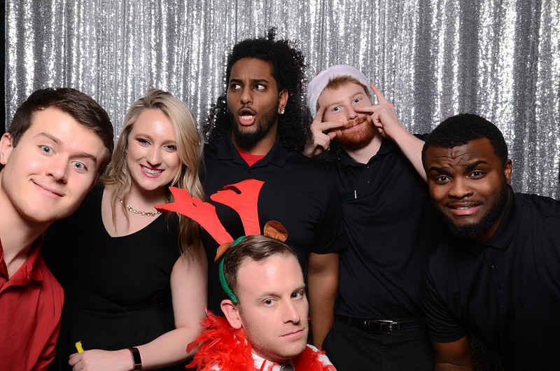 nwg residential holiday party 2017 photography-0176.jpg