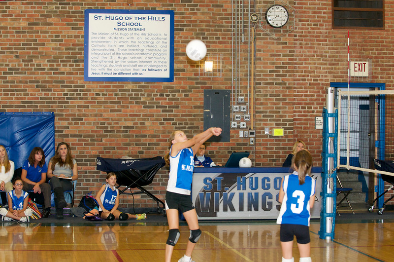 Hugo 5th Grade Volleyball  2010-10-02  68.jpg