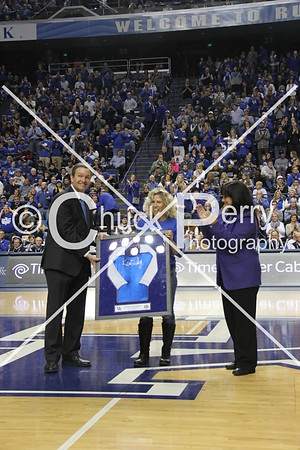 2015-2-21-UK Hall of Fame-Tony Delk, Jenny Hansen