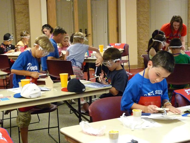 Lowe's Build & Grow Kid's clinic comes to Homewood Public Library.jpg