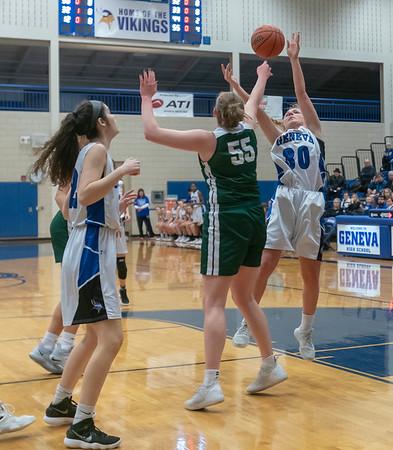 Glenbard West girls basketball regional vs. Geneva