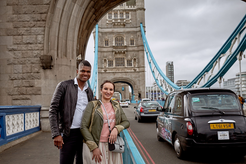 London-photo-shoot-westminster-buckingham-palace-Tower-bridge-black-cab-taxi 40.jpg