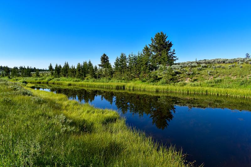 Bunsen Peak Trailhead (Glen Creek) -- 7,250'