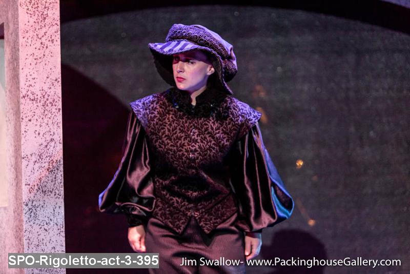 SPO-Rigoletto-act-3-395.jpg