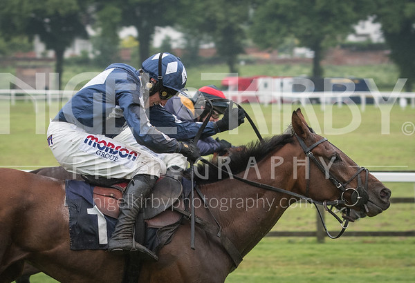 Worcester Races - Fri 25 May 2018