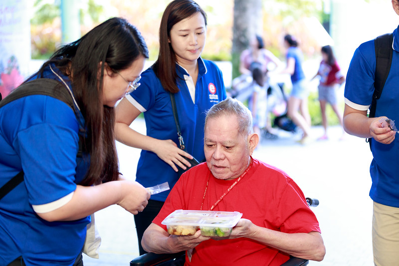 VividSnaps-Extra-Space-Volunteer-Session-with-the-Elderly-094.jpg