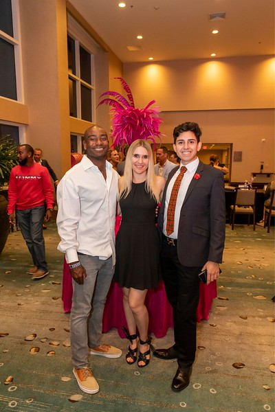 2019_11_Yachtail_Party_00334.jpg