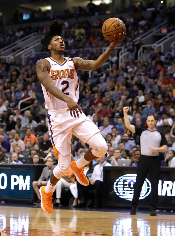 . Phoenix Suns guard Elfrid Payton (2) in the second half during an NBA basketball game against the Cleveland Cavaliers, Tuesday, March 13, 2018, in Phoenix. The Cavaliers defeated the Suns 129-107. (AP Photo/Rick Scuteri)