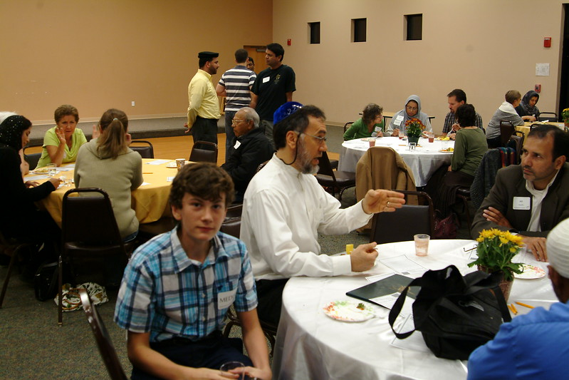abrahamic-alliance-international-silicon-valley-2013-10-20_21-23-49-abrahamic-trilogue-community-service-ray-hiebert.jpg