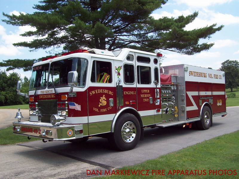 SWEDESBURG VOLUNTEER FIRE CO. ENGINE 49-22 1995 KME PUMPER