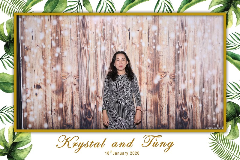 Krystal-Tung-wedding-instant-print-photo-booth-in-Ho-Chi-Minh-City-Chup-hinh-lay-lien-Tiec-cuoi-WefieBox-Photobooth-Vietnam-019.jpg
