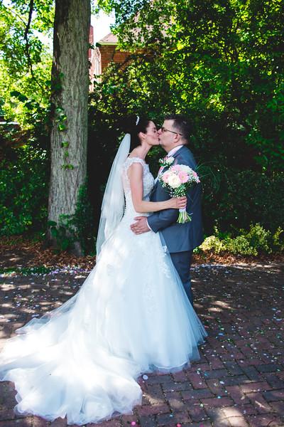 Mr & Mrs Hedges-Gale-140.jpg