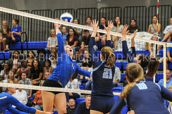 Volleyball v Conn College 9-15-17
