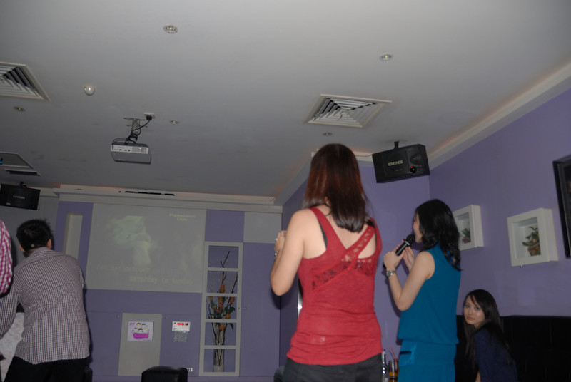 [20100219] Karaoke with ST Cousins @ Neway (30).JPG
