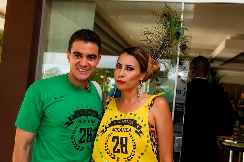 Tiago Correa e Carol Macedo_Foto_Felipe Menezes.jpg