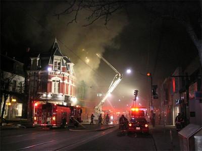 April 21, 2005 - 5th Alarm - 376 Queen St. West