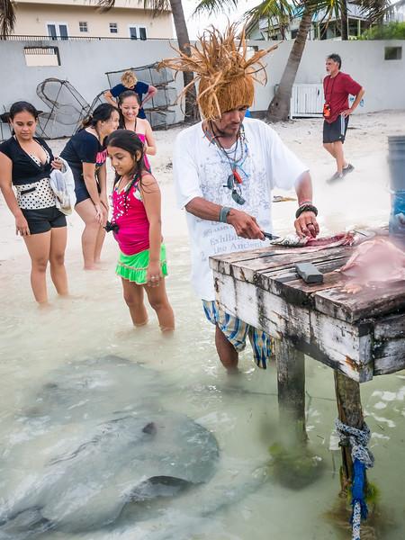 Fisherman-Stingrays Belize-50.jpg