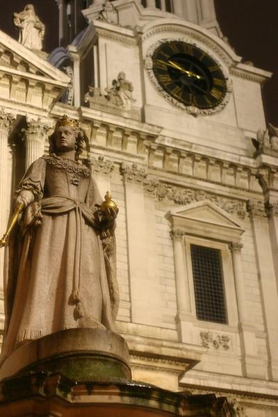 stpauls-cathedral-3_2078170140_o.jpg