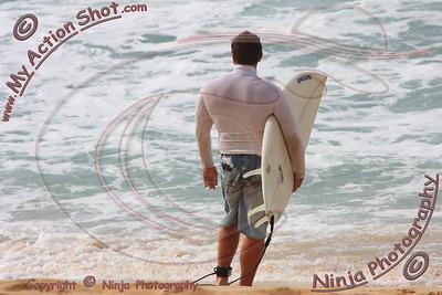 2009_11_03 - Surfing Ehukai, North Shore (OAHU) - Kurt