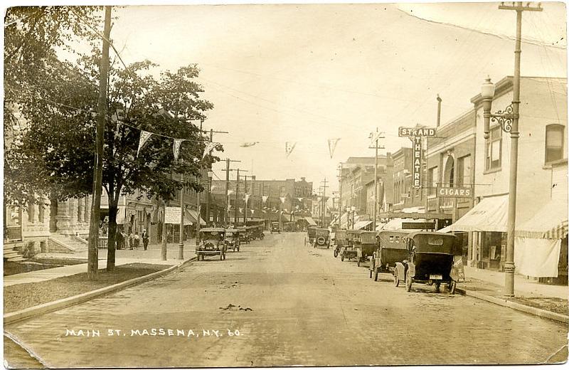 Massena Main St Movie Theater Automobiles 1922.jpg