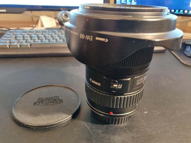 Canon EF 16-35 mm 2.8L II USM - Serial UX0703 001.jpg
