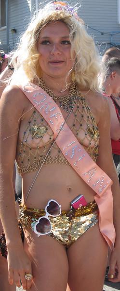Mermaid Parade, Coney Island 2007 145a.jpg
