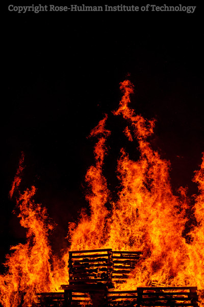 RHIT_Homecoming_2019_Bonfire-7394.jpg