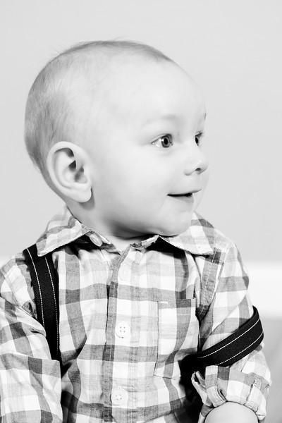 2018-01-20_Baby Sawyer 6-mos_038.jpg