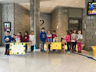 Lemonade Stand for Loaves and Fishes